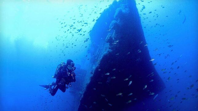 buque nelson pecio hundido barco tenerife